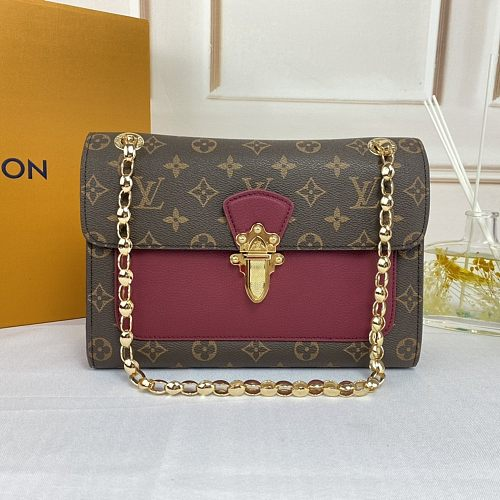 Louis Vuitton Victoire M41730 Shoulder Bag 0907170