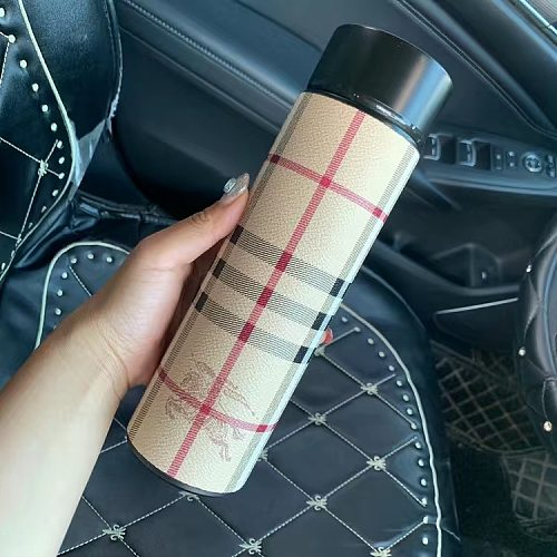 BURBERRY INSPIRED WATER DRINK BOTTLE WITH DIGITAL DISPLAY