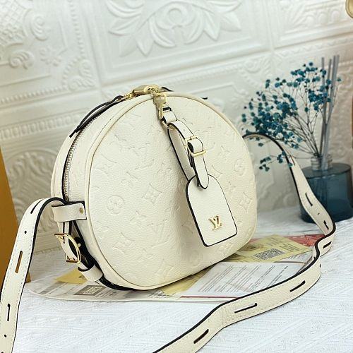 Louis Vuitton Boite Chapeau Souple MM handbag LV shoulder bag M45167