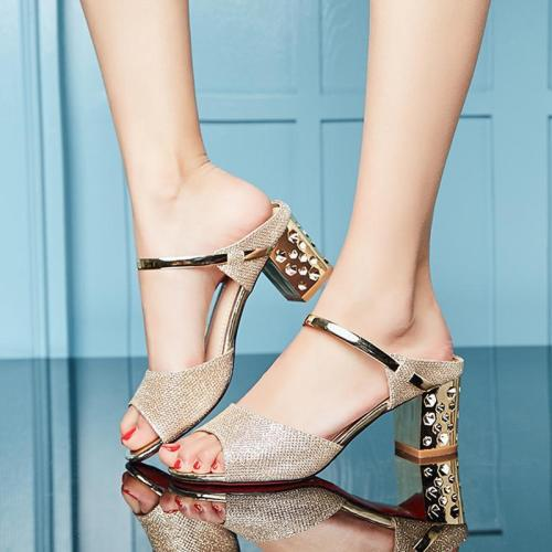 Peep Toe Chunky Heel Hollow-out Sandals