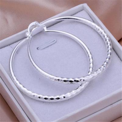 Silver Round Pretty Elegant Earrings