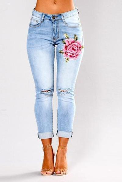 Blue Low Waist Ripped Embroidery Jeans