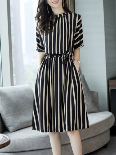 Stripes Half Sleeve Gathered Pockets Plus Size Dress