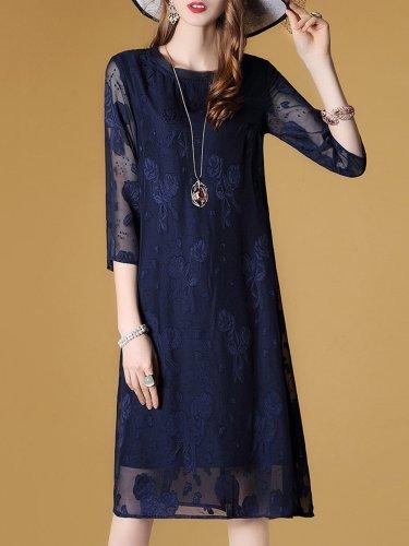 Elegant 3/4 Sleeve Shift Midi Dress