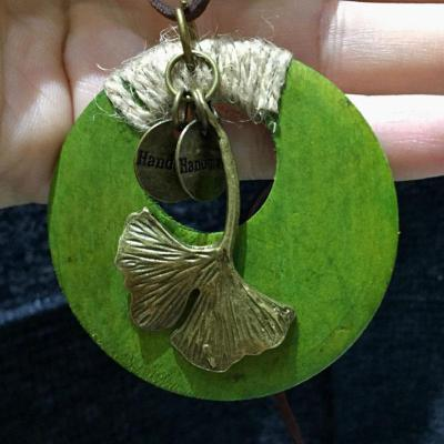 Metal Ginkgo Leaf Retro Round Wood Pendant Necklace Leather Chain