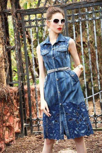 Sleeveless hollow embroidery denim midi dress