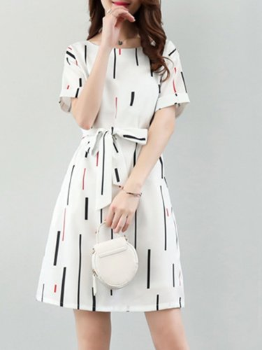 Round Neck  Belt  Printed Skater Dress