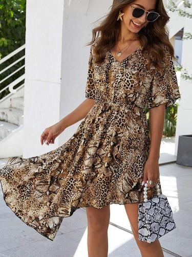 Irregular Leopard print Short sleeve V neck Shift Dresses