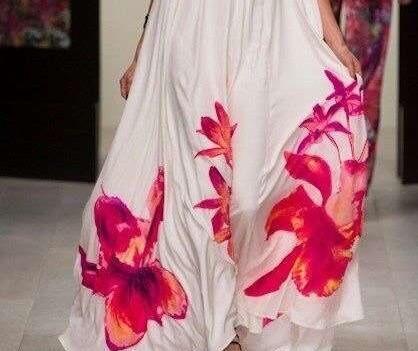Fashion Print Halter Sleeveleess Big hem Maxi Dresses