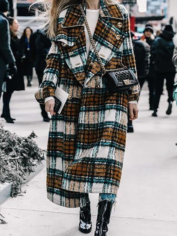 Big lapel long plaid women coats