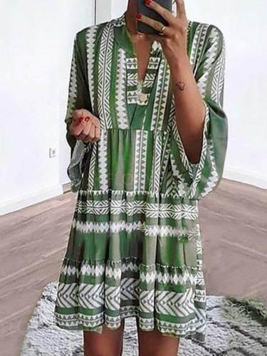 Women Loose stripe printed shift dresses