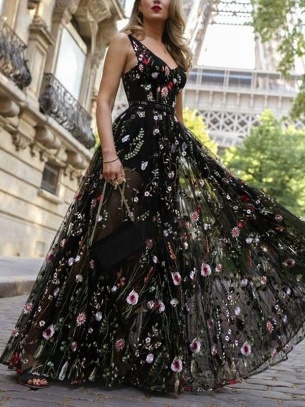 Black Elegant V neck Backless Flower Embroidery Evening Dress