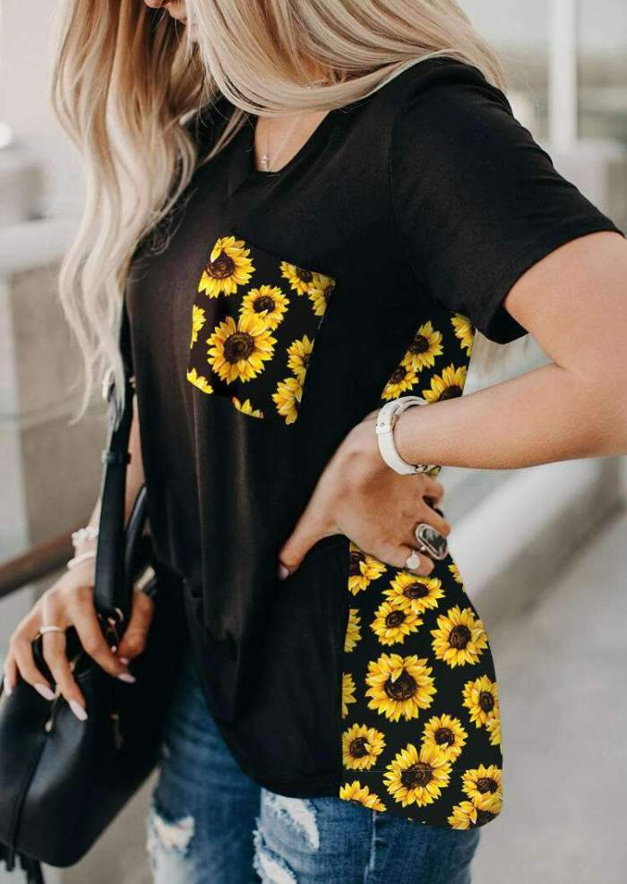 Fashion Print Gored Short sleeve V neck T-Shirts