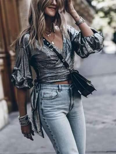 Fashion Embossed V-neck Flared Sleeves T-shirts