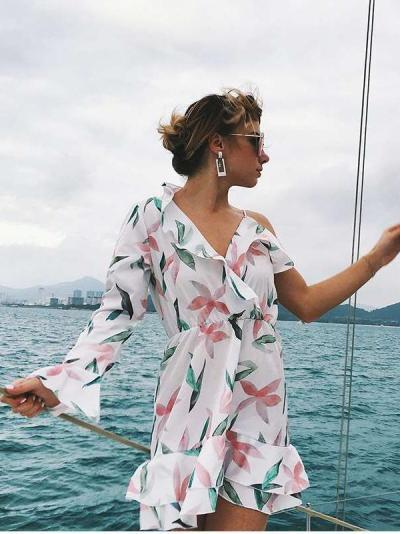 Irregular Falbala One shoulder sleeve Print Vacation Dresses