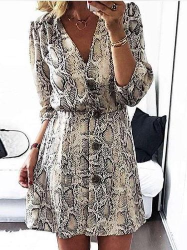 Sexy Serpentine printing V neck Shift Dresses