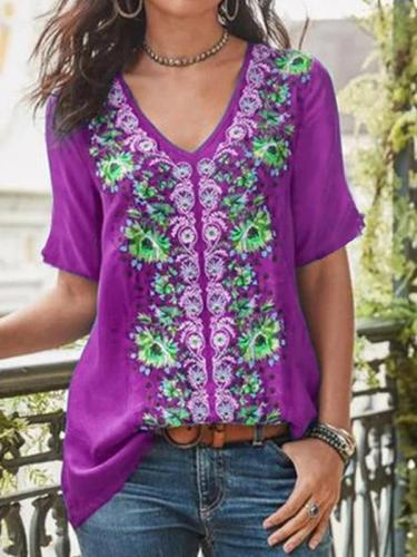 Plus size women v neck short sleeve printed T-shirts