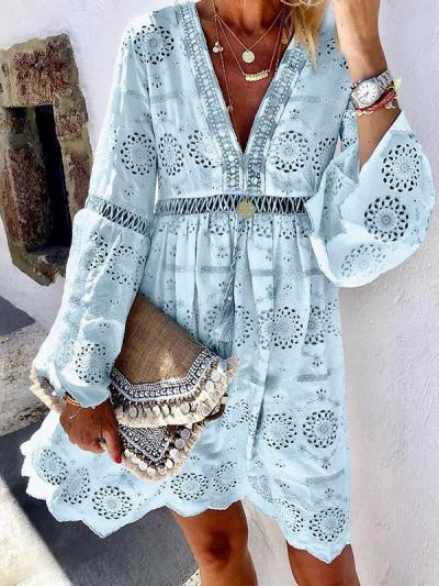 Fashion V Neck Hollow Out Floral Pattern Long Sleeve Shift Dresses