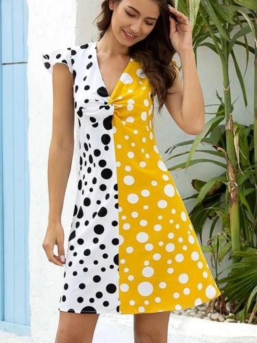 Fashion Gored Point print V neck Shift Dresses