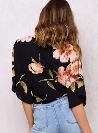 Fashion Print V neck Lacing T-Shirts