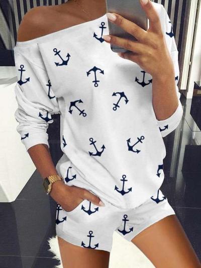 Fashion Print Round neck Long sleeve T shirt & Pants Suit