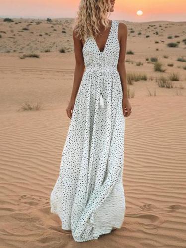 Sexy v-neck polka printed sleveless beach vacation dresses