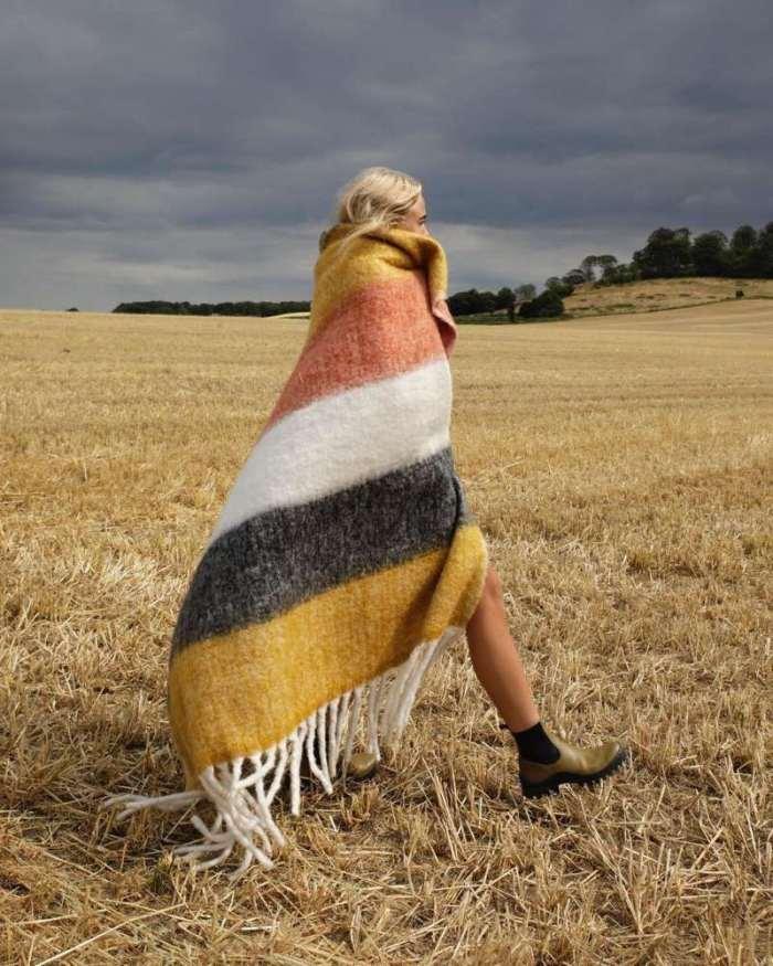 Fashion Stripe Capa Purl Cloak