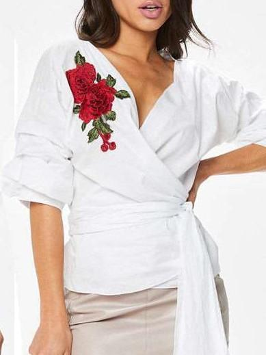 Fashion V neck Gored Embroidery Lacing Half sleeve Blouses