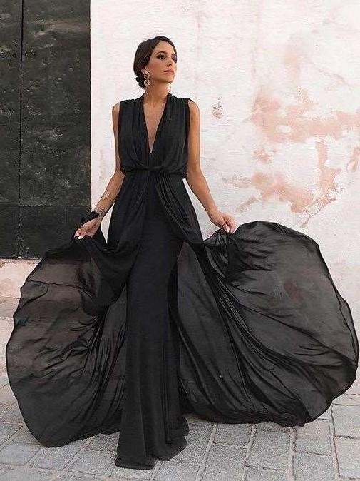 Sexy V neck Sleeveless Evening Dresses
