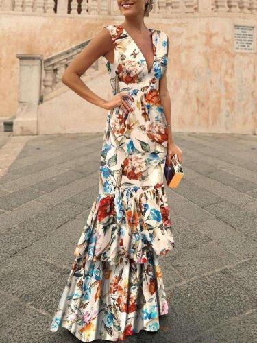Fashion V neck Sleeveless Skater Dresses