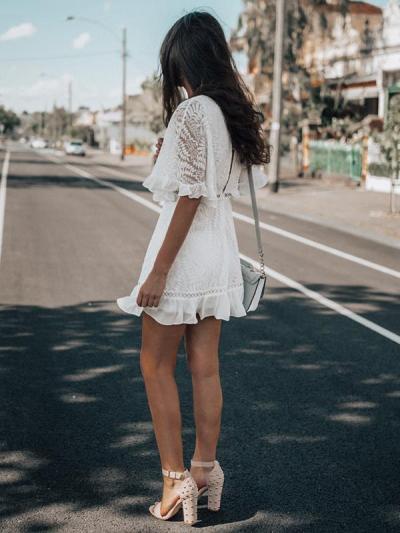 Fashion V-neck lace half sleeve mini skater dresses