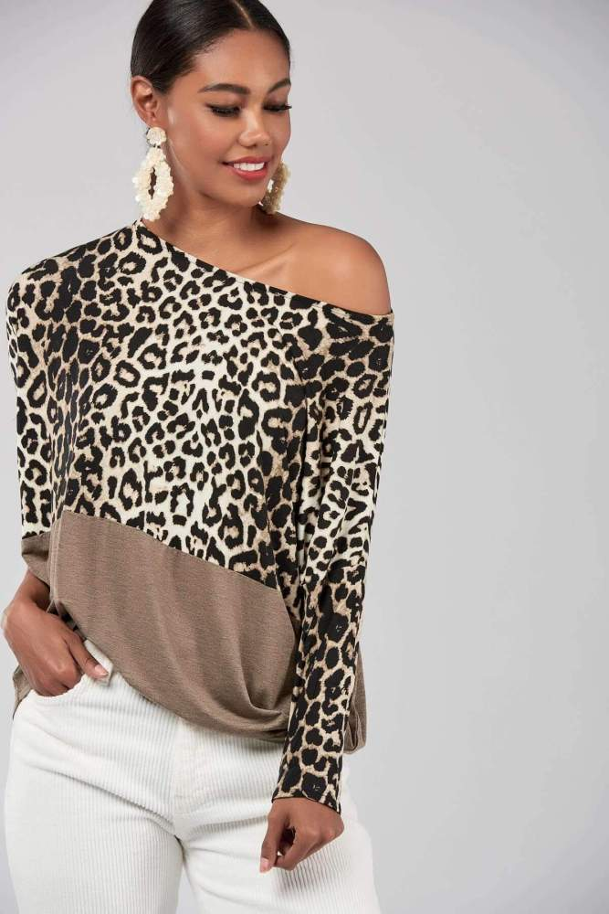 Casual Leopard print Gored Long sleeve T-Shirts