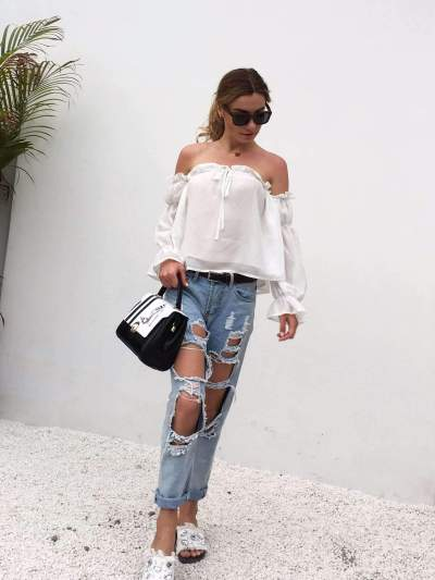 Off shoulder Lacing Puff sleeve T-Shirts