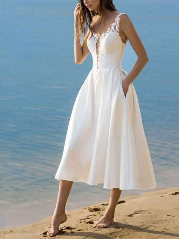 Elegant v-neck halter white evening dress