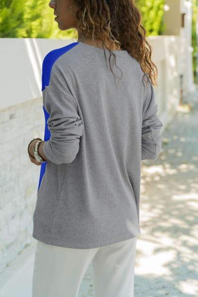 Loose V neck Gored Long sleeve T-Shirts
