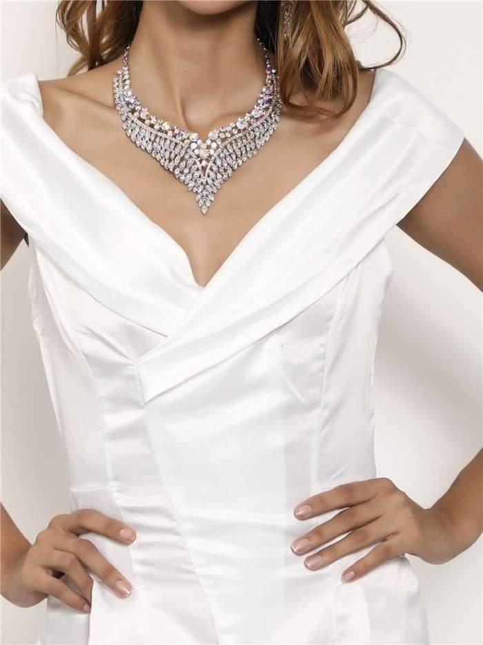 Sexy Pure V neck Sleeveless Evening Dresses
