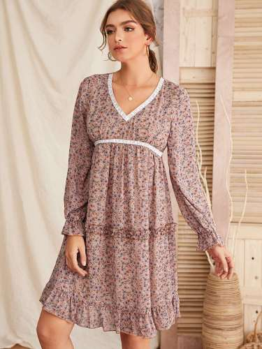 Fashion Print V neck  Falbala Shift Dresses
