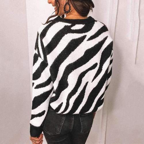Fashion Stripe print Round neck Long sleeve Knit  Sweaters