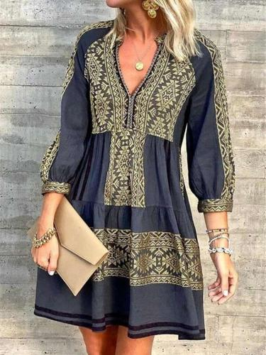 Fashion Gored Print  V neck Long sleeve Shift Dresses