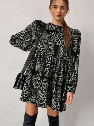 Casual Loose Leopard print Round neck Long sleeve Shift Dresses
