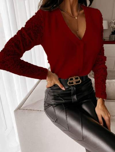 Elegant Pure V neck Lace Gored Long sleeve Fastener Cardigan T-Shirts