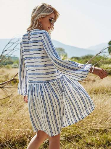 Casual Loose Stripe print Round neck Long sleeve Shift Dresses