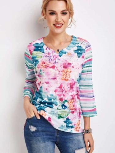 Fashion Floral print V neck Three quarter sleeve T-Shirts