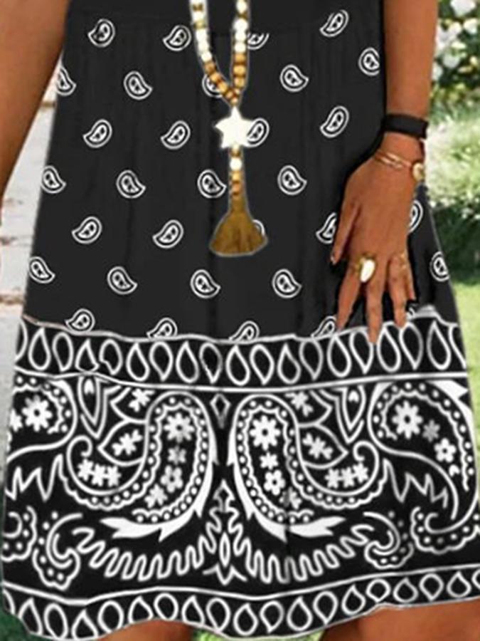 Black Printed Casual V Neck Shift Dresses