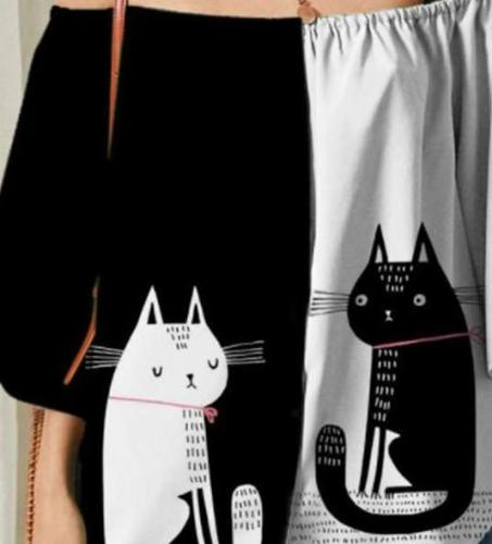 Casual Loose Gored Cat print One shoulder Three quarter sleeve T-Shirts