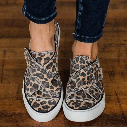 Women Stylish Flat Heel Canvas Sneakers