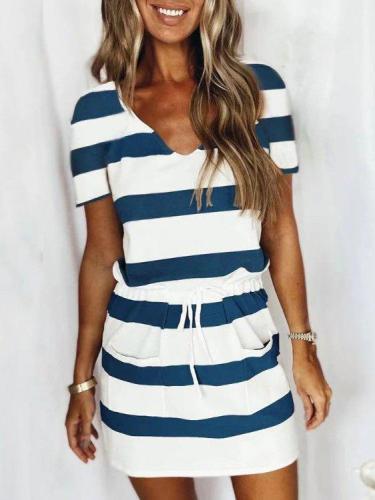 White-Blue V Neck Short Sleeve Dresses