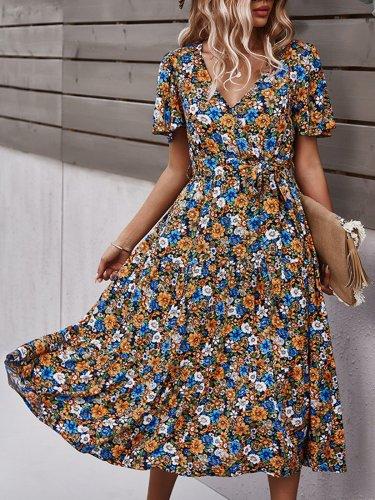 Holiday Floral Short Sleeve Dress