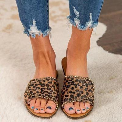 Rivet Flat Sandals Leopard Print Plush Slippers