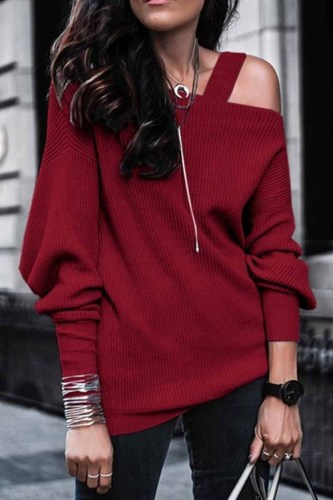 Solid Color Leaky Shoulder Knit Top